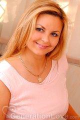 Angela, 42, Ukraine